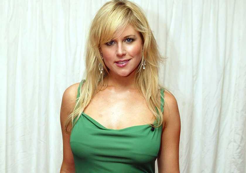 Abi Titmuss Hollywood Actress Hot Pictures | ImageBuzz